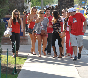"""""""I was pleased to see that we're attracting strong students from across Arizona and the world. Our goal is to enroll students who are prepared for the rigor of a University of Arizona education, yet bring to campus a variety of experiences and backgrounds,"""" said UA President Ann Weaver Hart.  (Photo credit: Patrick McArdle/UANews)"""