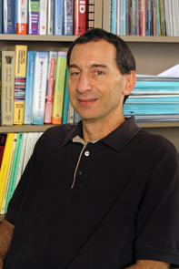 David Lowenthal (Photo credit: Beatriz Verdugo/UANews)