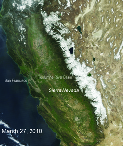 A satellite image of the snow cover in the Sierra Nevada in California and Nevada from 2010 (Image: NOAA/MODIS)