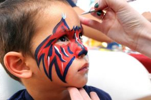 Do you live and breathe the red and blue? Then you, my friend, must be a true Wildcat. (Photo credit: Norma Jean Gargasz/UANews)