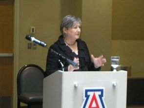 UA presidential candidate Ann Weaver Hart talks to faculty during a question-and-answer session. (Photo by Shelley Shelton/University Communications)