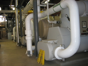 (Click to enlarge) Plastic tubing carrying a 25 percentage glycol mix freezes the plain tap water solid inside.