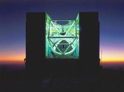 The 6.5-meter MMT on Mount Hopkins, Ariz., is the reincarnation of an earlier pioneering telescope.(Howard Lester, MMTO)