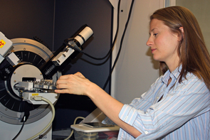 Shaunna Morrison working at the X-ray diffractometer.