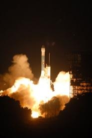 The Phoenix Mars Lander launches from Florida's Cape Canaveral Air Force Station aboard a Delta II rocket. (NASA)