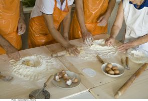 UA students will get hands-on cooking experience, working with students and instructors at an Italian cooking school.