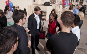 Newly inaugurated Phoenix Mayor Greg Stanton visited the UA College of Medicine-Phoenix to tout its importance to the state.