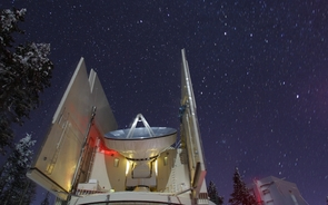 The UA Submillimeter Telescope on Mt. Graham is one of the many radio telescopes forming the Earth-sized Event Horizon Telescope. (Photo: Dave Harvey/UA Steward Observatory)