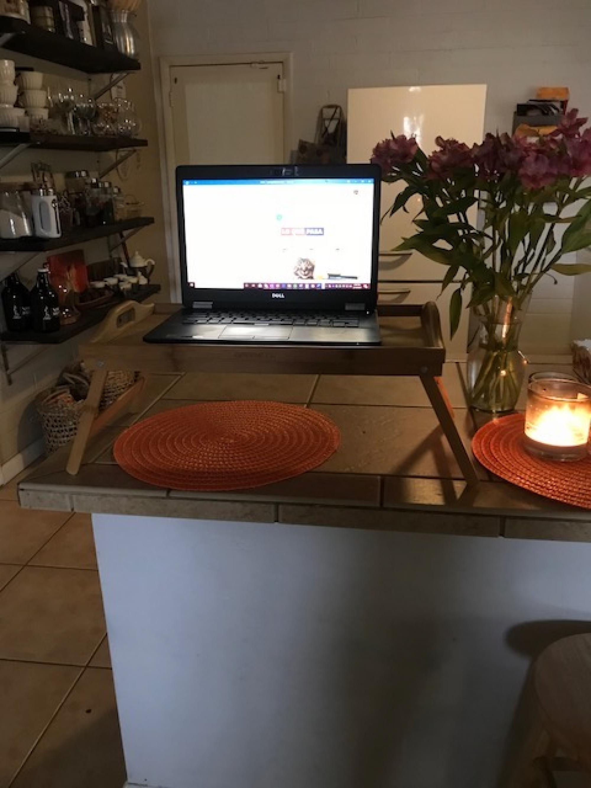 An idea for turning your breakfast bar into a standing desk! – Martha Sesteaga, program manager in Academic Administration