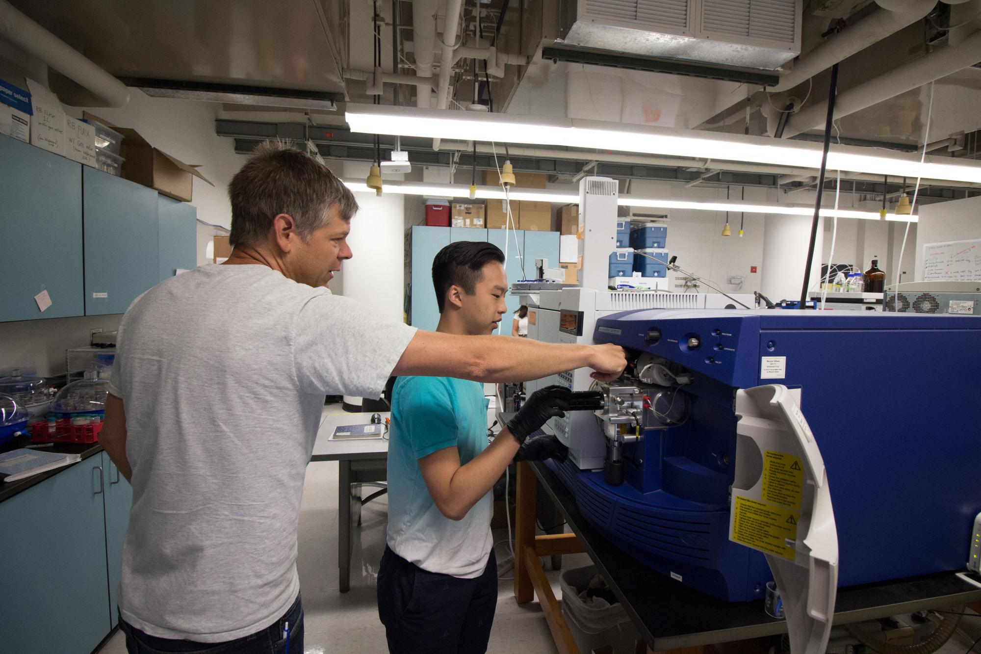 """UA Associate Research Scientist Leif Abrell mentored 2016 KEYS intern Stanley Wong, who is majoring in chemical and environmental engineering at the UA. Wong said, """"My KEYS experience opened me up to new opportunities, new ideas and new friends that I wou"""