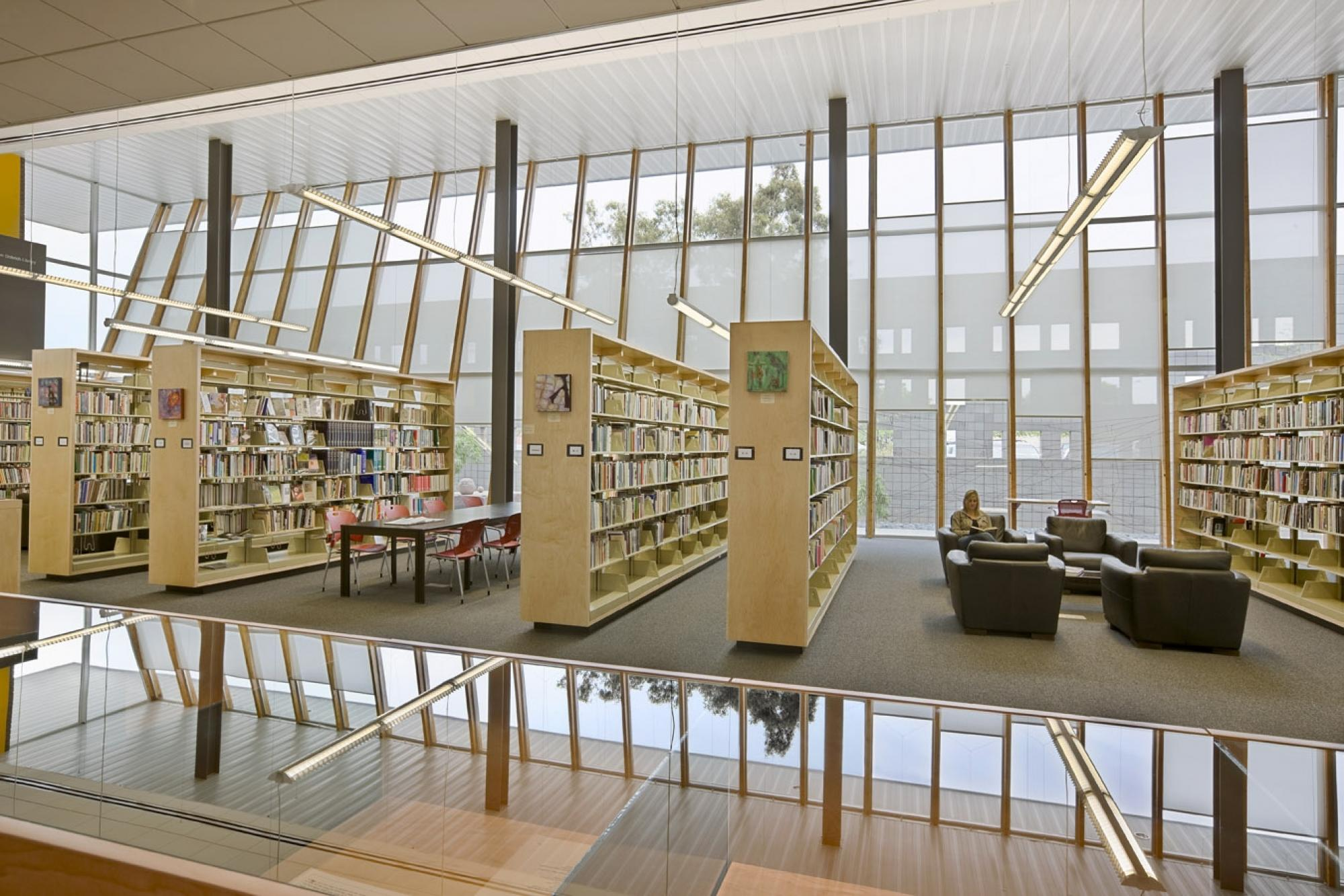 The Jeremy Ingalls Gallery looks into the Michael and Helen Dobrich Library within the Helen S. Schaefer Building.