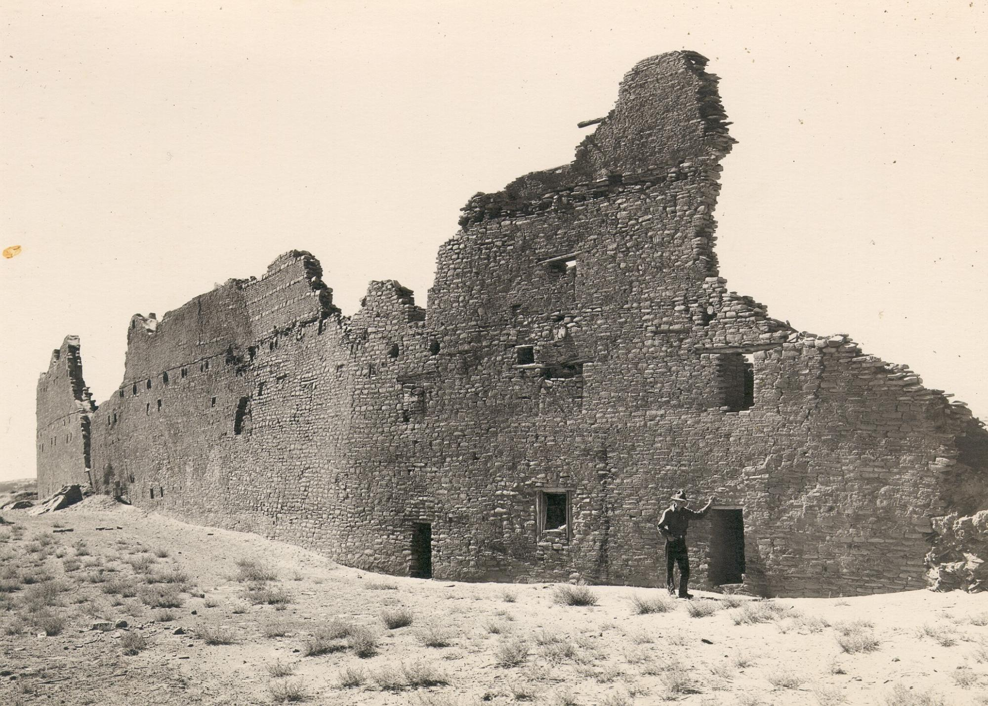 This photo from the 1930s shows the back wall of Pueblo Bonito, the largest structure found in Chaco Canyon, New Mexico. Archaeologists estimate the intact structure was five stories high and had about 500 rooms. UA tree-ring studies of the building's woo