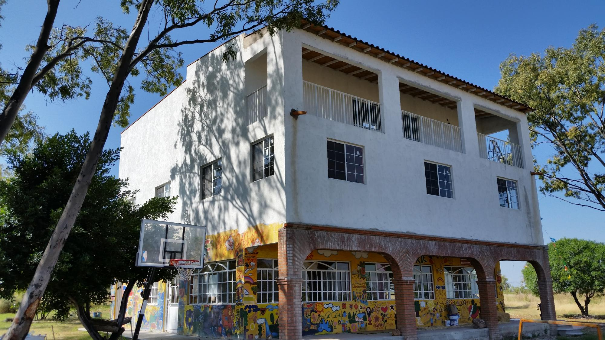 UA alumnus Nayalin Feller, who earned her doctorate from the College of Education, started the library at Resplandor in Mexico. The library is now expanding, and construction is scheduled to be completed in July in honor of Helena Todd, who was instrument