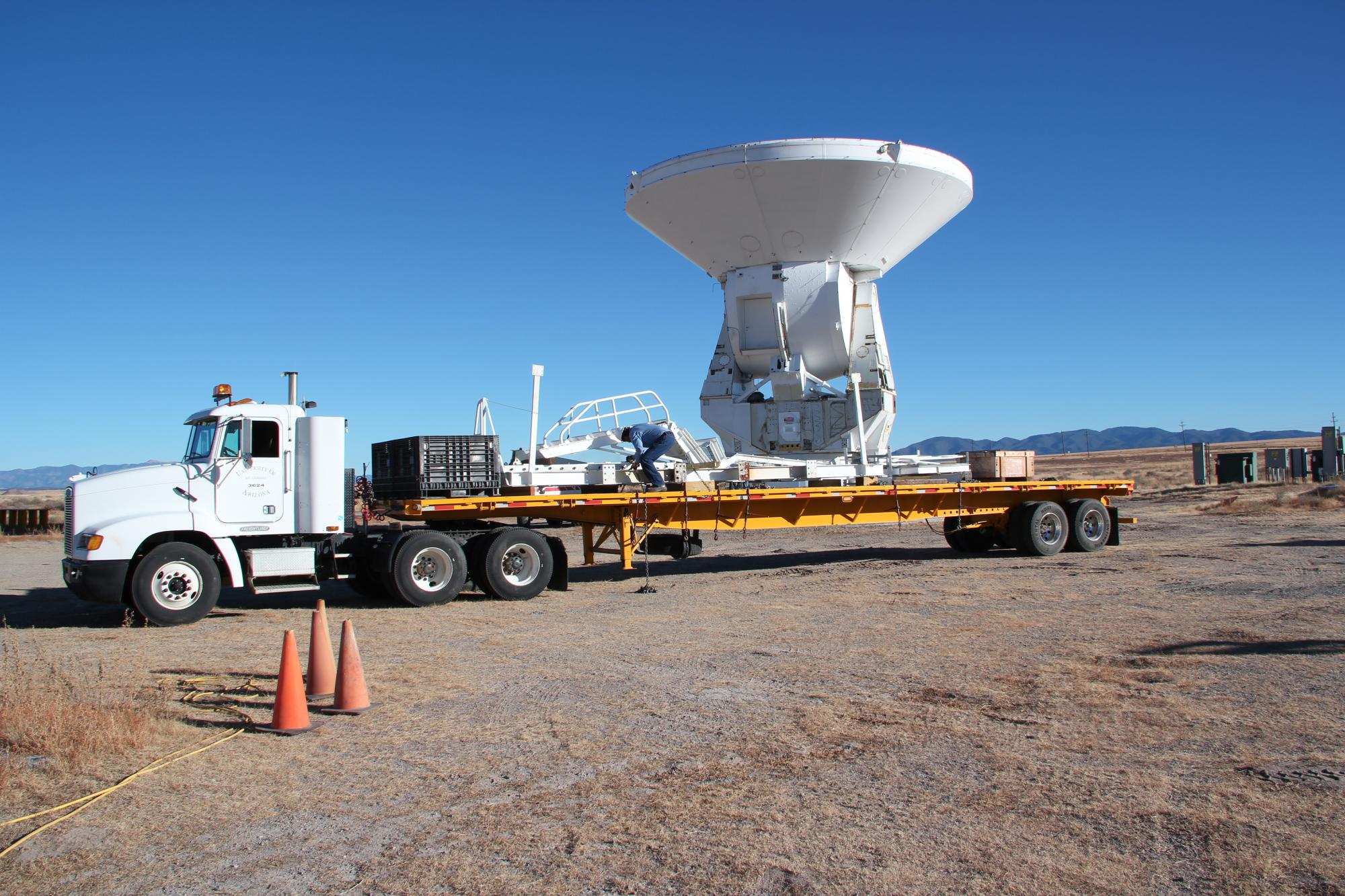 The new radio telescope, ready to be shipped from the Very Large Array in New Mexico to its new home on Kitt Peak in southern Arizona.