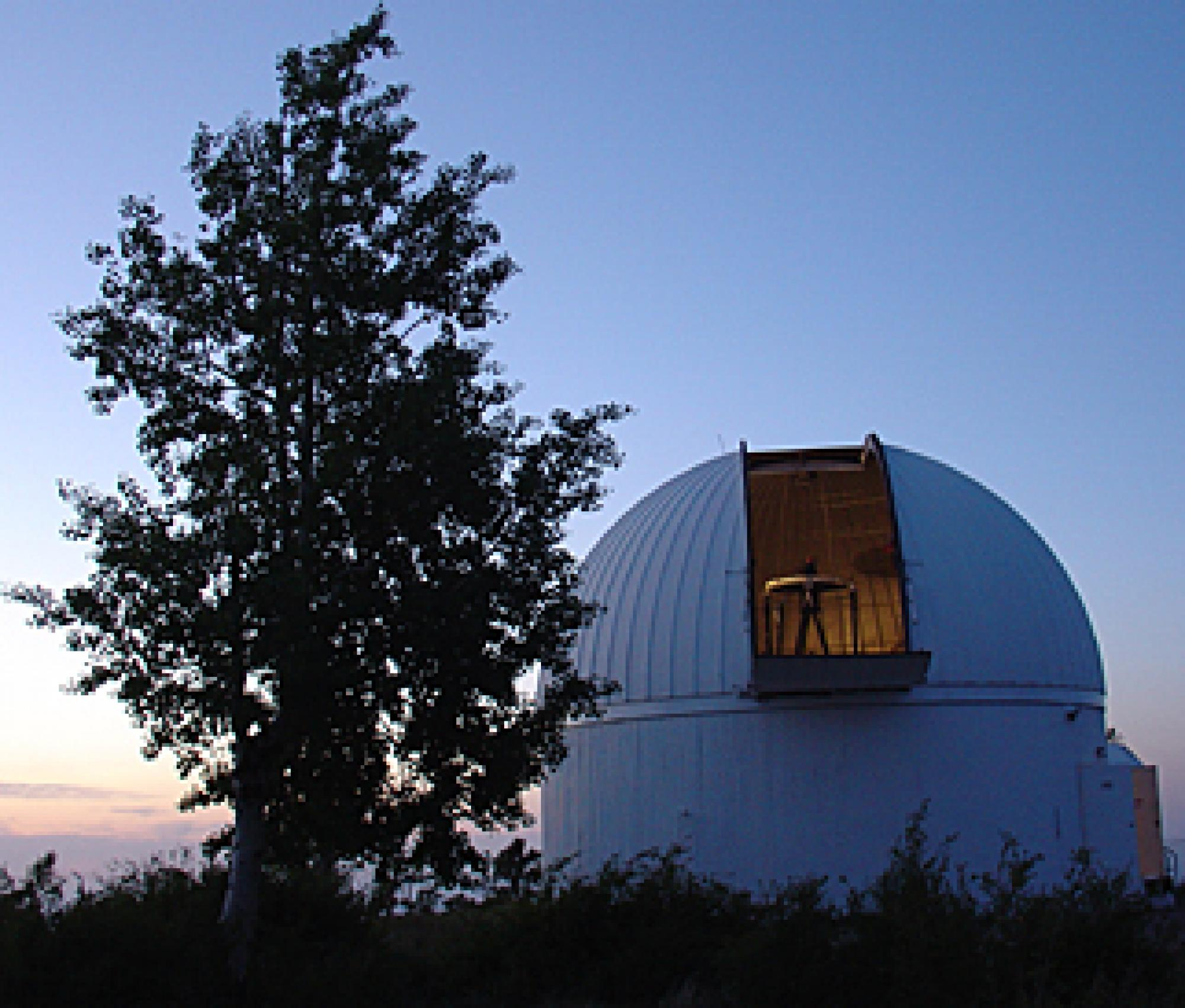 The 60-inch telescope on Mount Lemmon is one of three telescopes the Catalina Sky Survey used in finding 565 near-Earth objects in 2008.