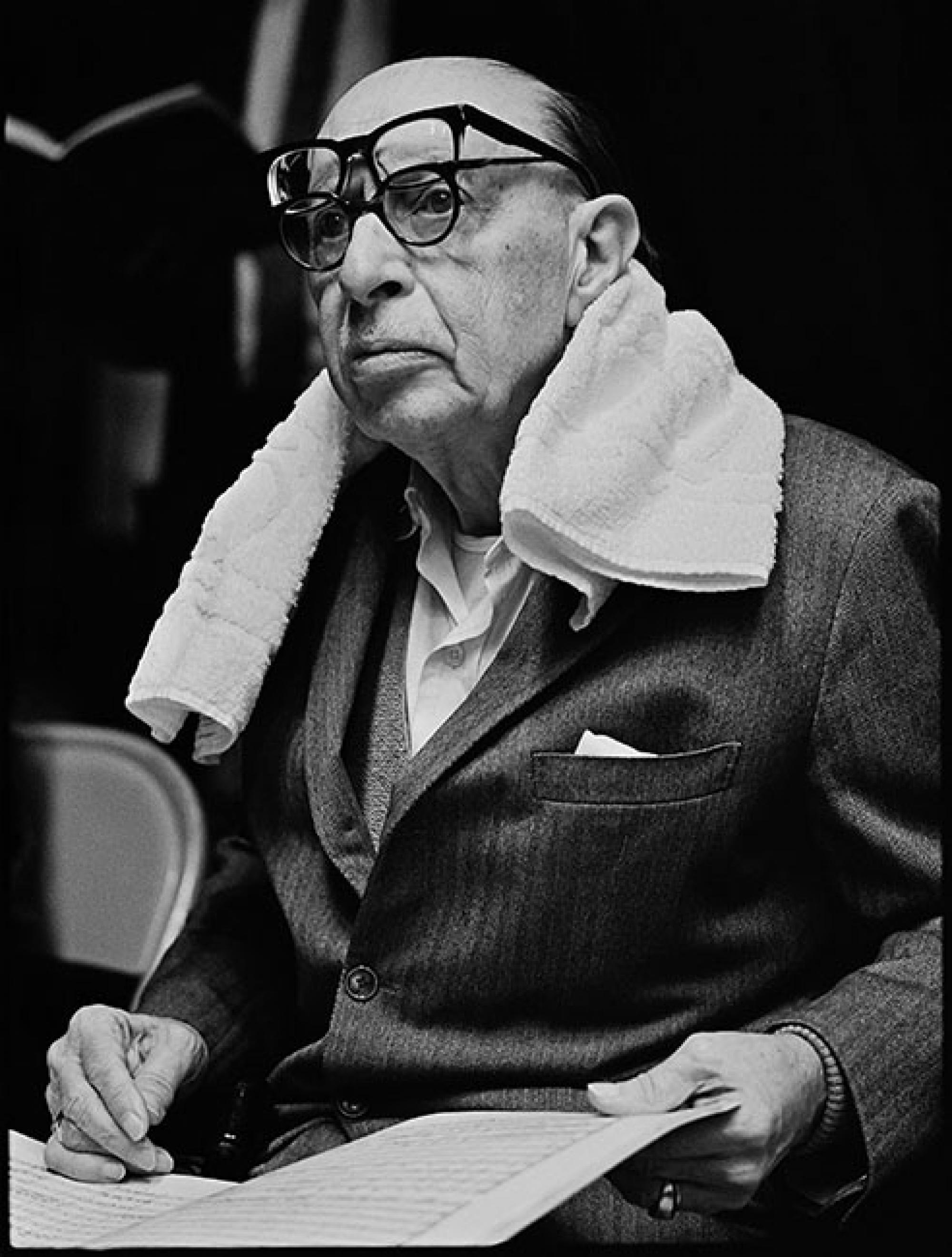In 1966, Kennerly photographed Russian-American composer Igor Stravinsky prior to a concert where Stravinsky conducted the then-Portland Symphony.