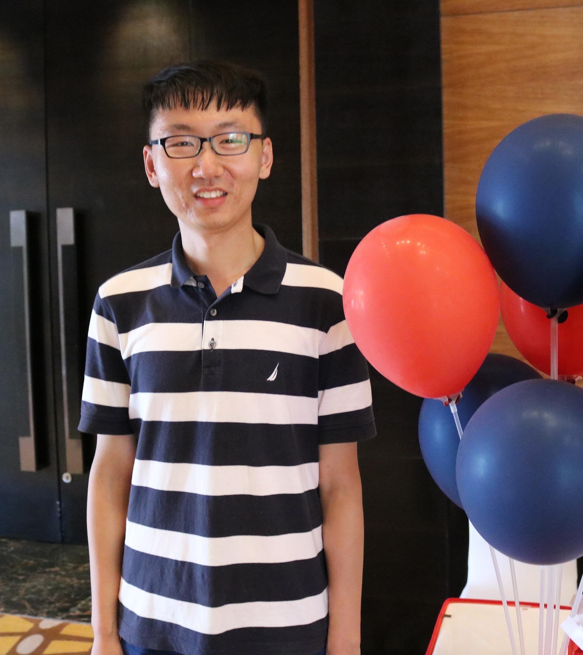 Xueda Qiu, a member of the first cohort of graduates from the micro-campus at Ocean University, will begin a graduate program in law at Northwestern University in the fall of 2019.