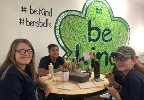 Several 4-H members volunteered at Ben's Bells, a local nonprofit whose mission is to teach individuals and communities about the positive impacts of intentional kindness and to inspire people to practice kindness as a way of life.