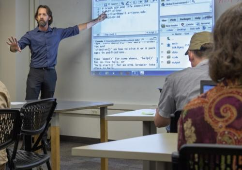 """Jeffrey Oliver teaches workshops and gives """"Tech Talks"""" to help people outside of computer science learn how to use computers as tools for research."""