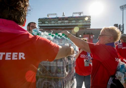 A team of 300 volunteers helps with the UA's Commencement ceremony.