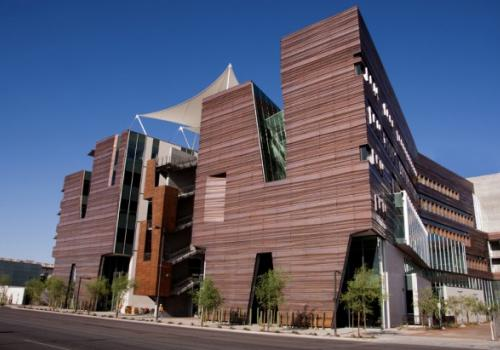 The Arizona Center for Simulation and Experiential Learning is located inside the new Health Sciences Education Building at the UA College of Medicine-Phoenix.