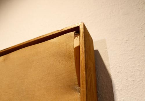 Today, the empty frame still holds narrow edges of the missing de Kooning painting.