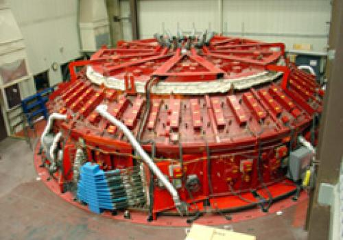 The Mirror Lab's giant rotating furnace has pre-fired the GMT mirror mold.