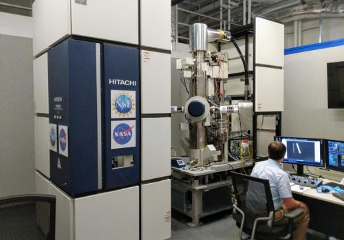 Tom Zega at the control panel of the 12-foot tall transmission electron microscope at the Kuiper Materials Imaging and Characterization Facility at the UArizona Lunar and Planetary Lab. The instrument revealed that buckyballs had formed in samples exposed