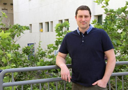 Michael Worobey heads the Department of Ecology and Evolutionary Biology in the College of Science.