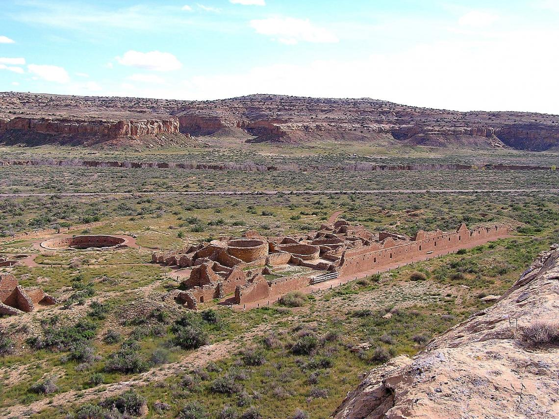 Chetro Ketl, built during the 10th and 11th centuries, is one of the largest great houses in Chaco Canyon, New Mexico. Despite the harsh, high-desert environment, thousands of people once lived in and around what is now a World Heritage Site at Chaco Cult