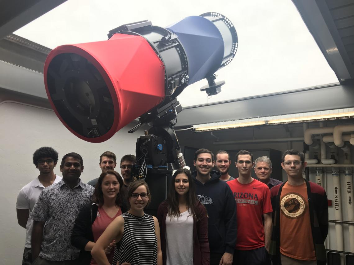 Undergraduate students from a class co-taught by Walt Harris and Vishnu Reddy at the RAPTORS observatory at LPL