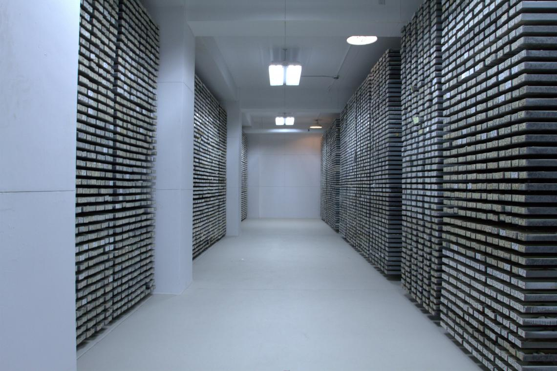 The Lamont-Doherty Core Repository contains one of the world's most unique and important collection of scientific samples from the deep sea. Sediment cores from every major ocean and sea are archived here.