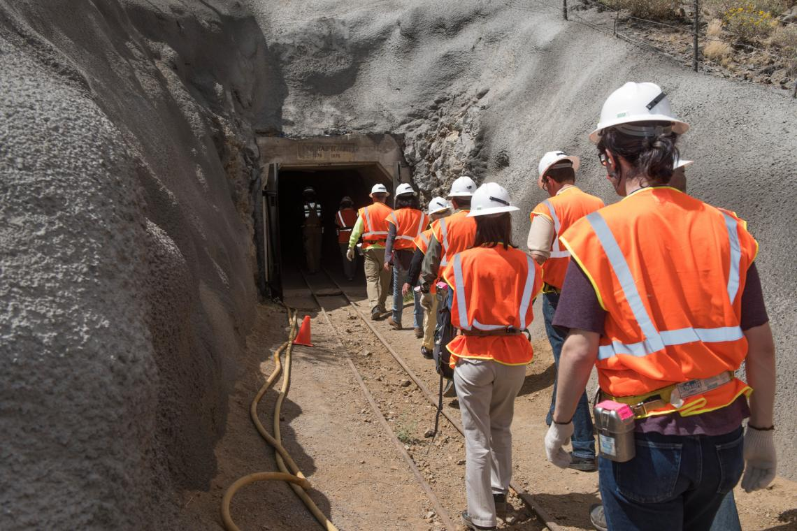 Students enter the University of Arizona San Xavier Mining Laboratory.