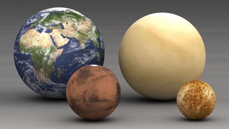 The inner planets: Mercury, Venus, Earth and Mars