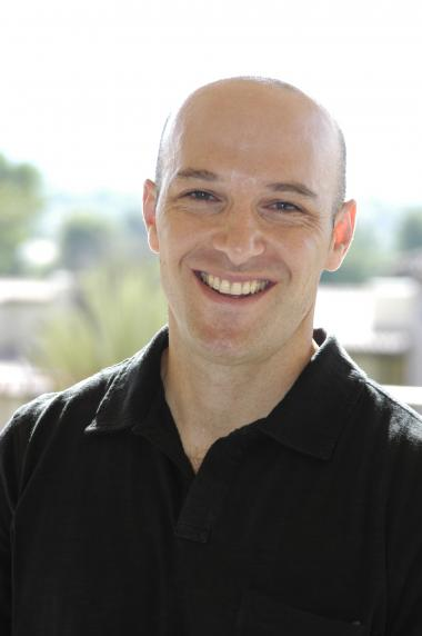 Headshot of researcher David Sbarra